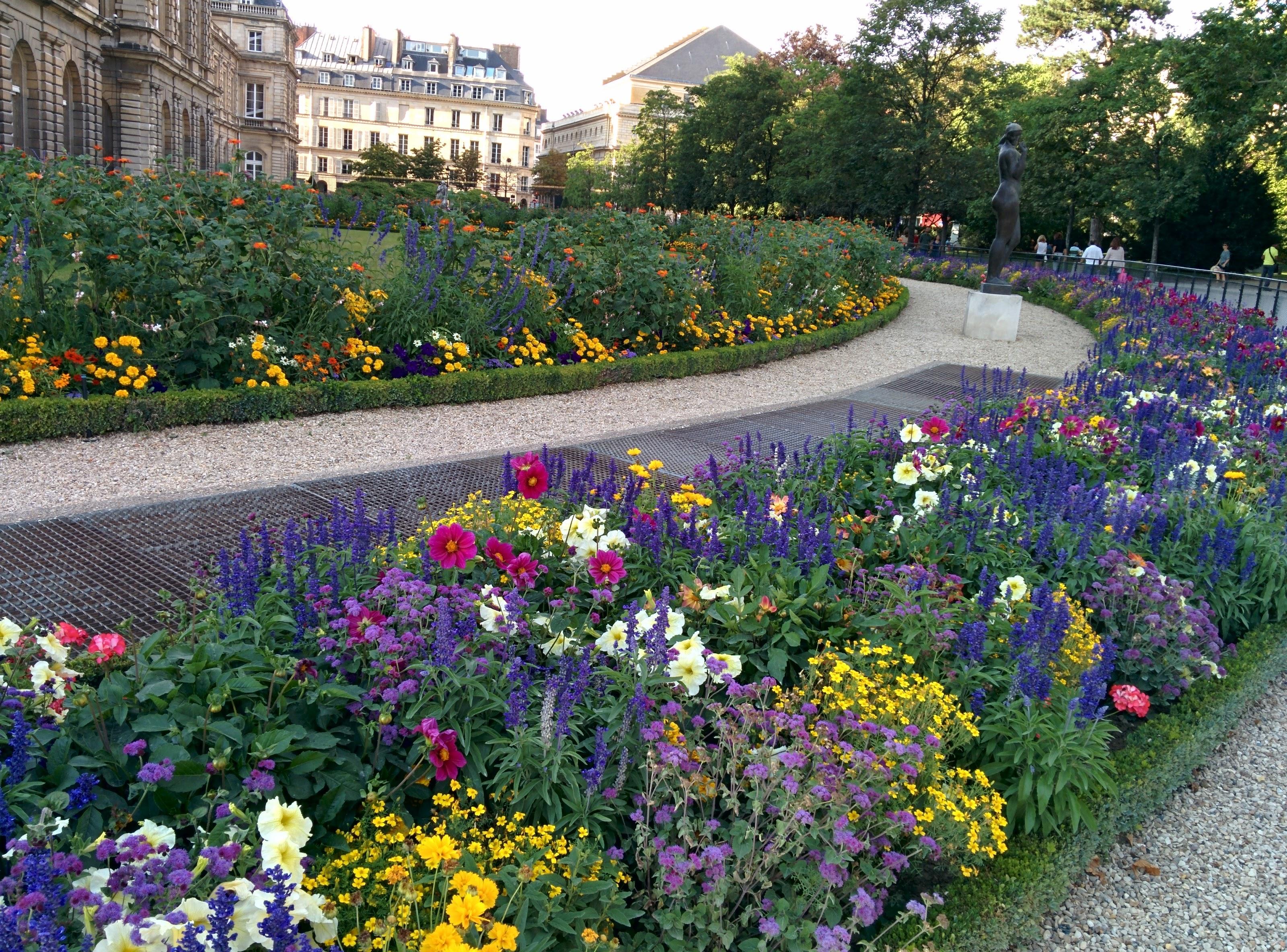 Le Jardin de Luxembourg: FREE concerts @ Le kiosque à musique | Just Some Girl in France